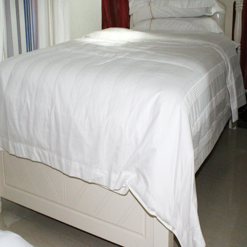 Five-star hotel 2.0m bed, 1.8m bed,1.5m bed Irregular stripe plus color line duvet cover