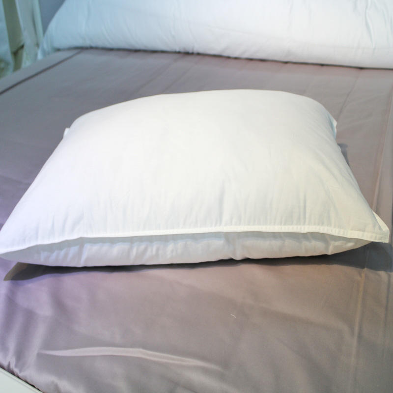 Five-star hotel single room, double room cotton pillow