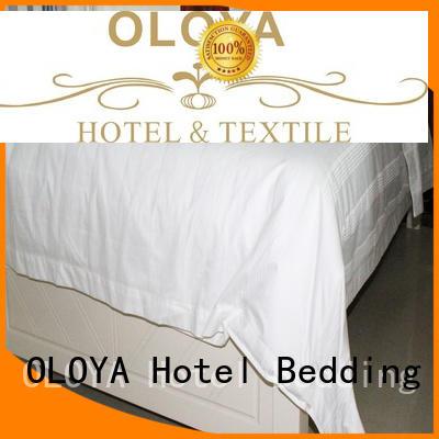 OLOYA duvet cover marketing for bed